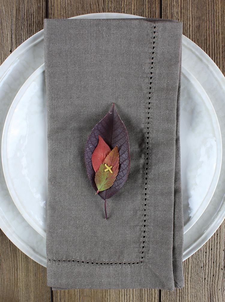 Stitched Leaf Place Setting