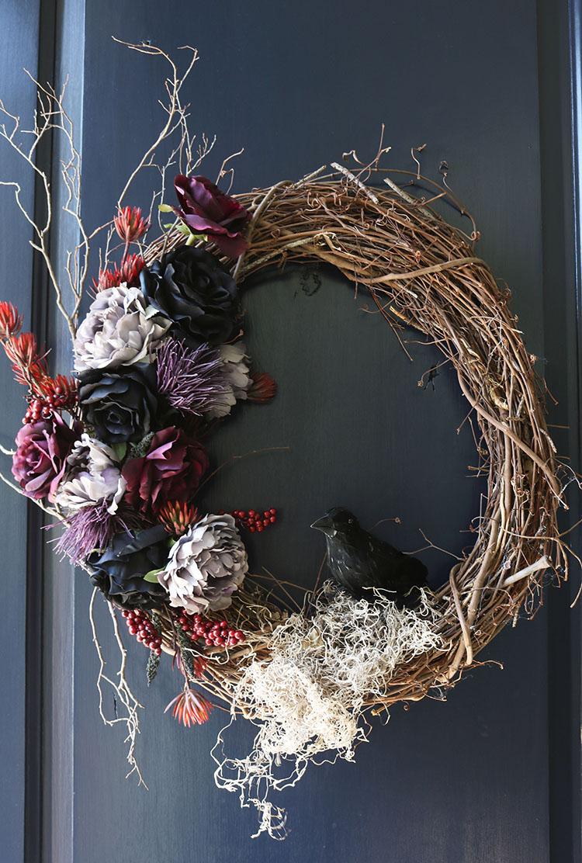 Creepy Halloween Wreath